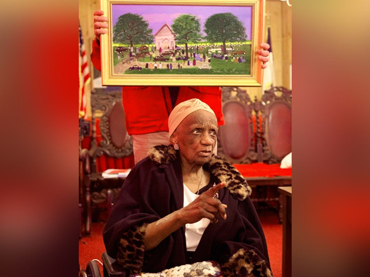 Helen LaFrance, who painted rural memories, dies at 101