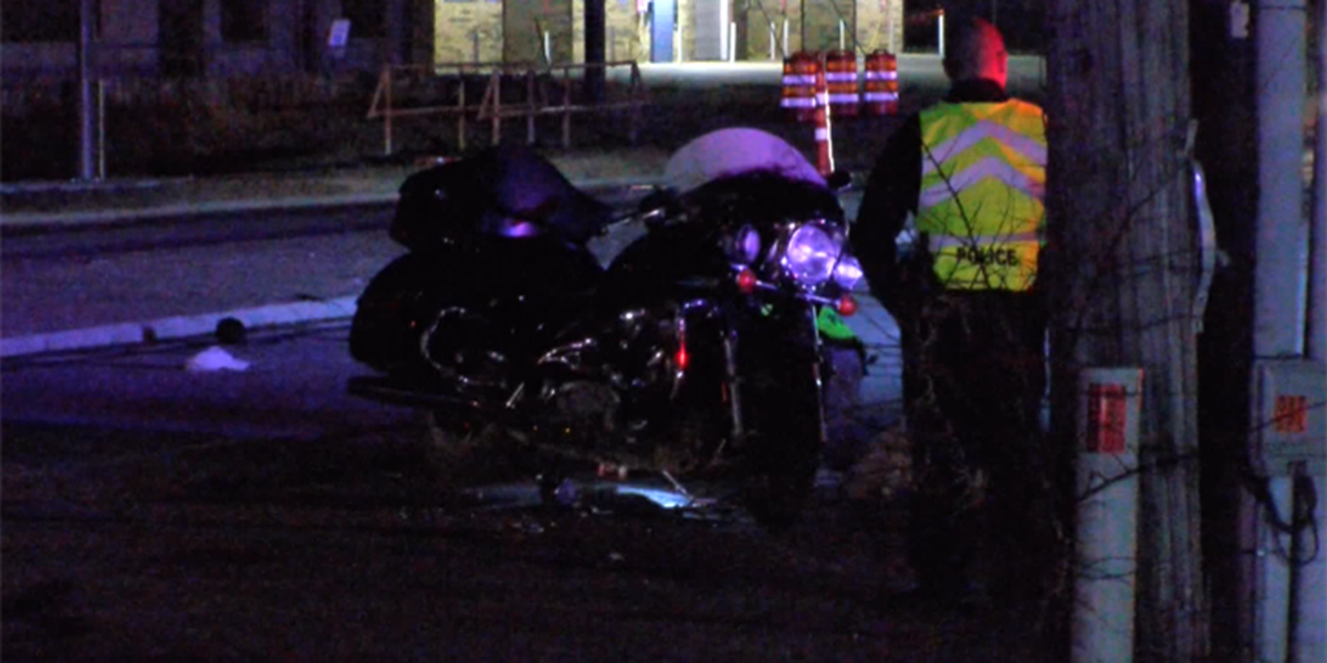 Motorcyclist hospitalized after wreck