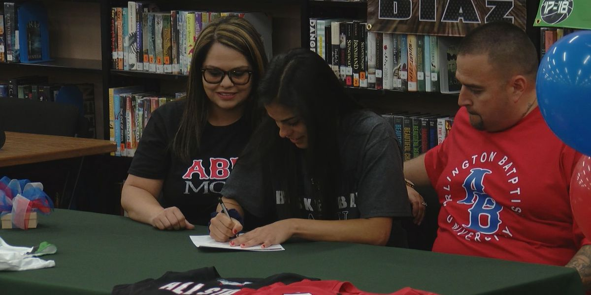 IP'S Diaz, Briones and Burk's Morris sign collegiately