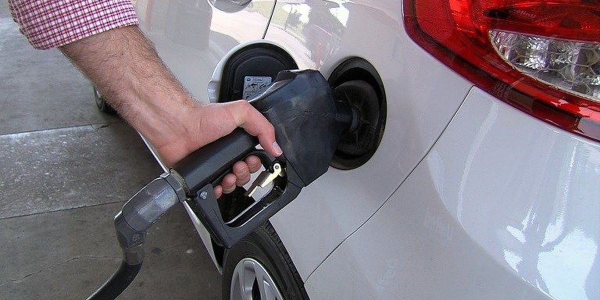 Gas prices in Texas drop again