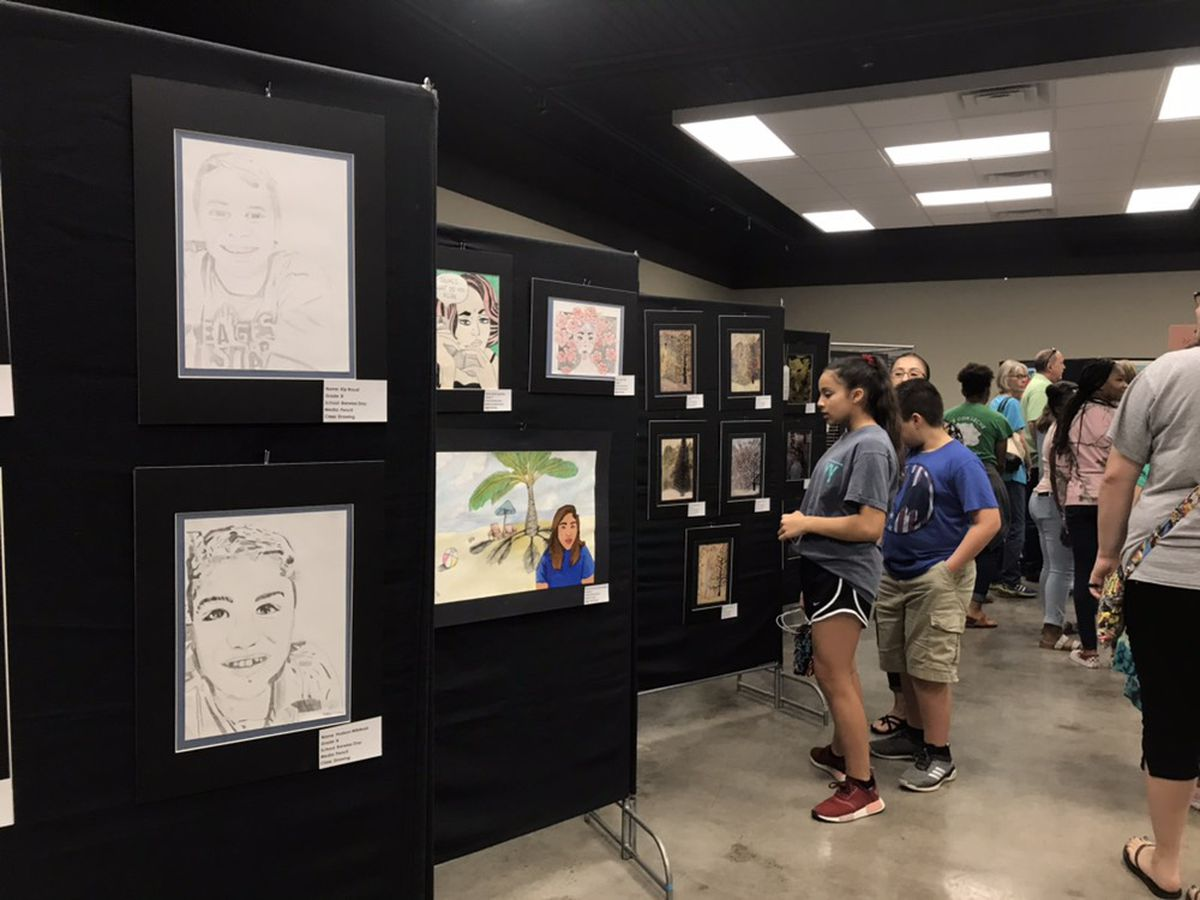 Middle school students show off artistic skills