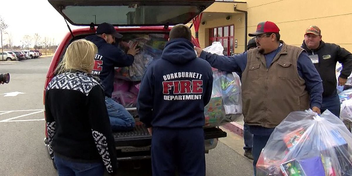 Kiowa Casino's annual toy drive brings in thousands of toys