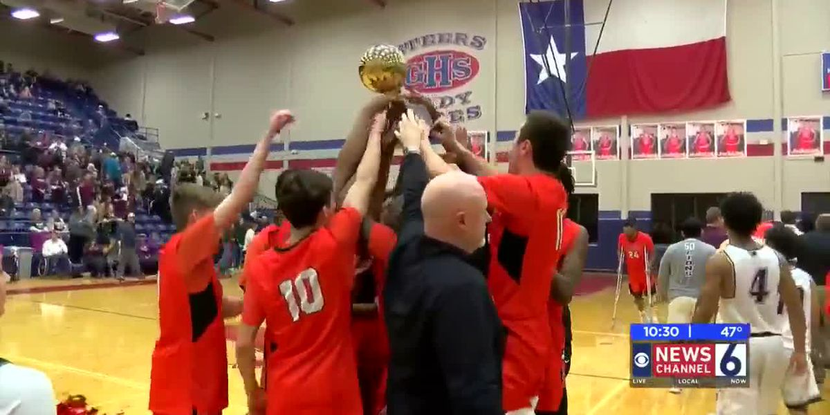 AREA: Burkburnett vs Brownwood highlights