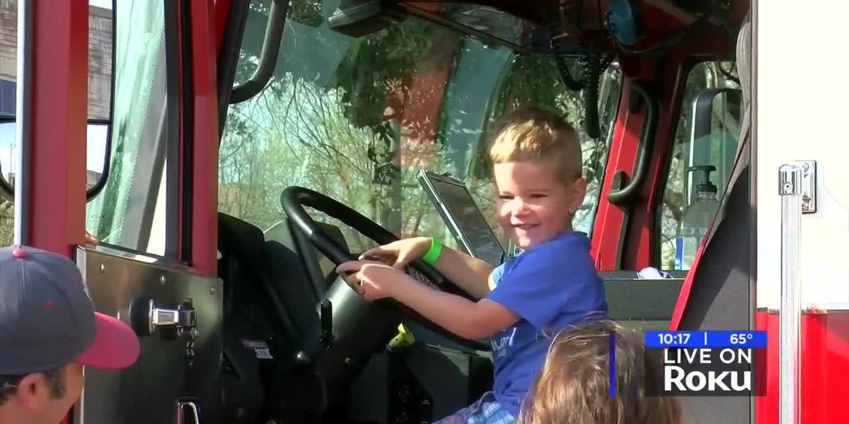 WFPL hosts Touch a Truck