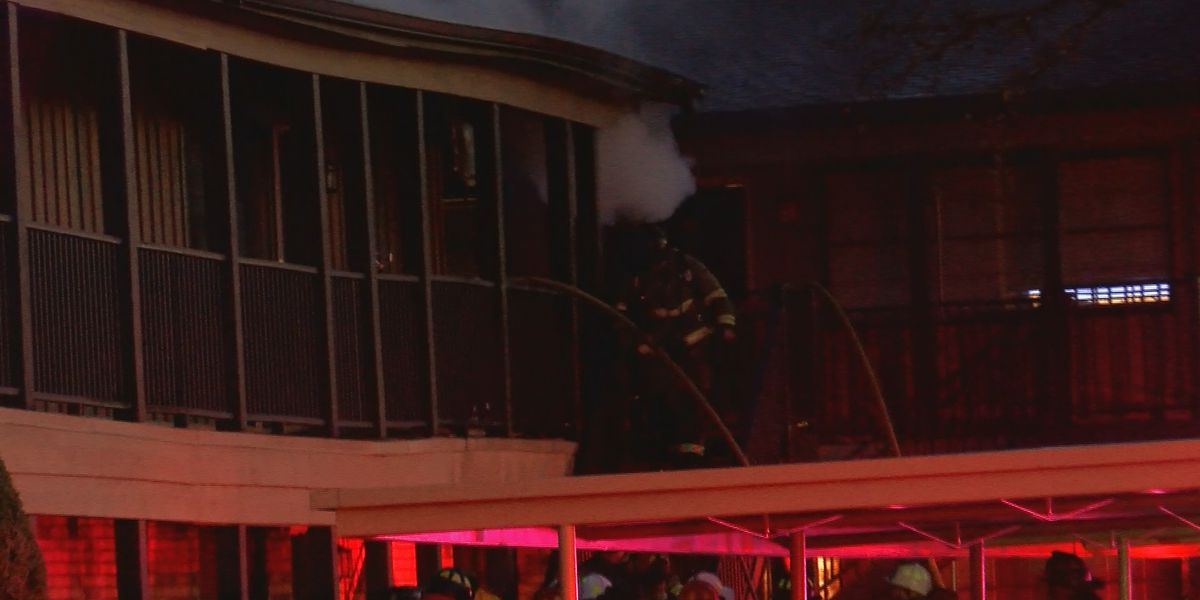 Woman reacts to Wichita falls apartment fire