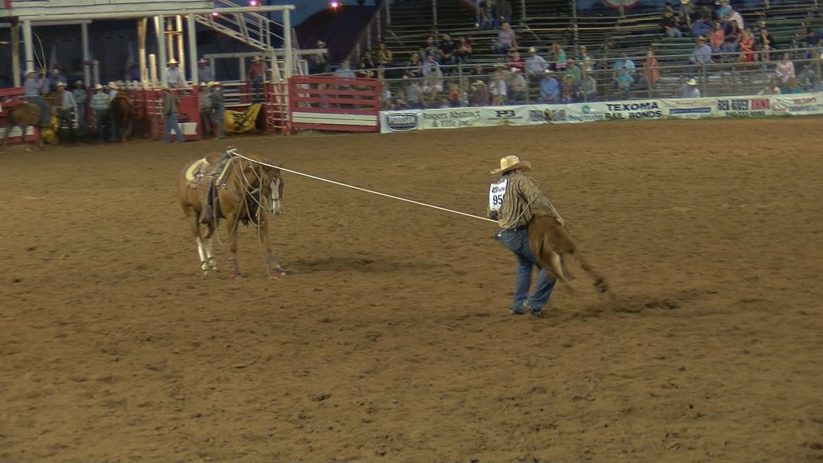 Santa Rosa Roundup Rodeo brings in riders from around the world