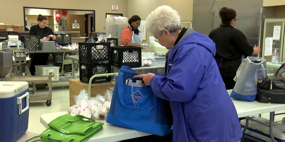 Meals on Wheels volunteers share experience to encourage others to join