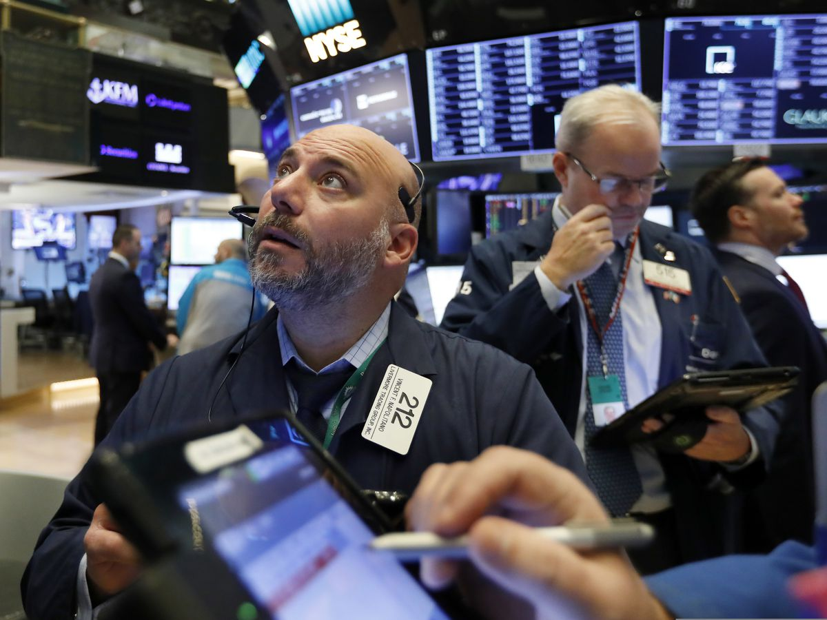 Markets sink as tech and retail fall; Dow drops 600