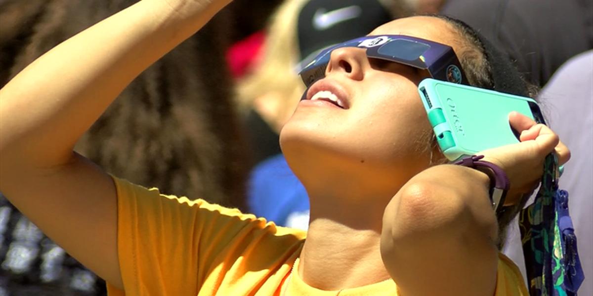 Hundreds watch solar eclipse at MSU