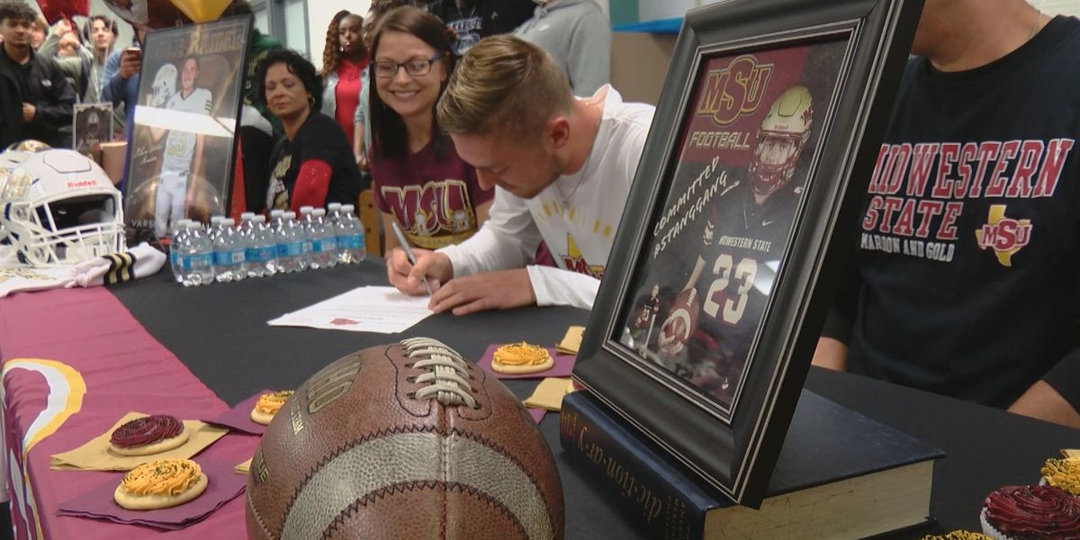 Six Texoma student-athletes sign for college athletics