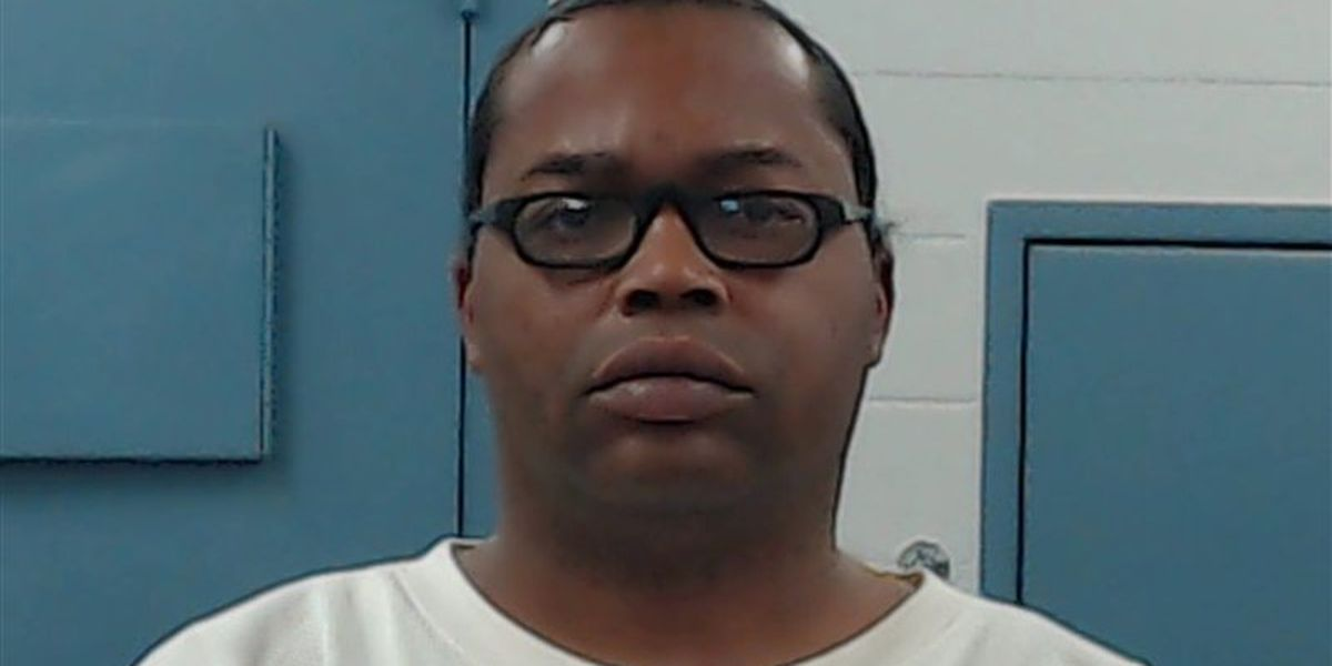 Altus PD arrest man on two counts of Child Abuse with Injury