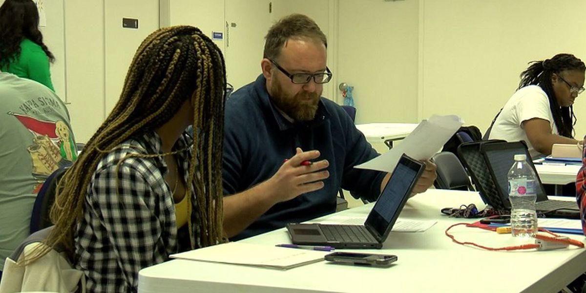 Housing authority hosts 3rd annual Scholarship Essay Writing Workshop