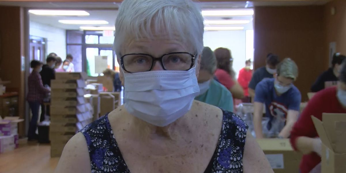 Texoma volunteers prepare thousands of meals for seniors
