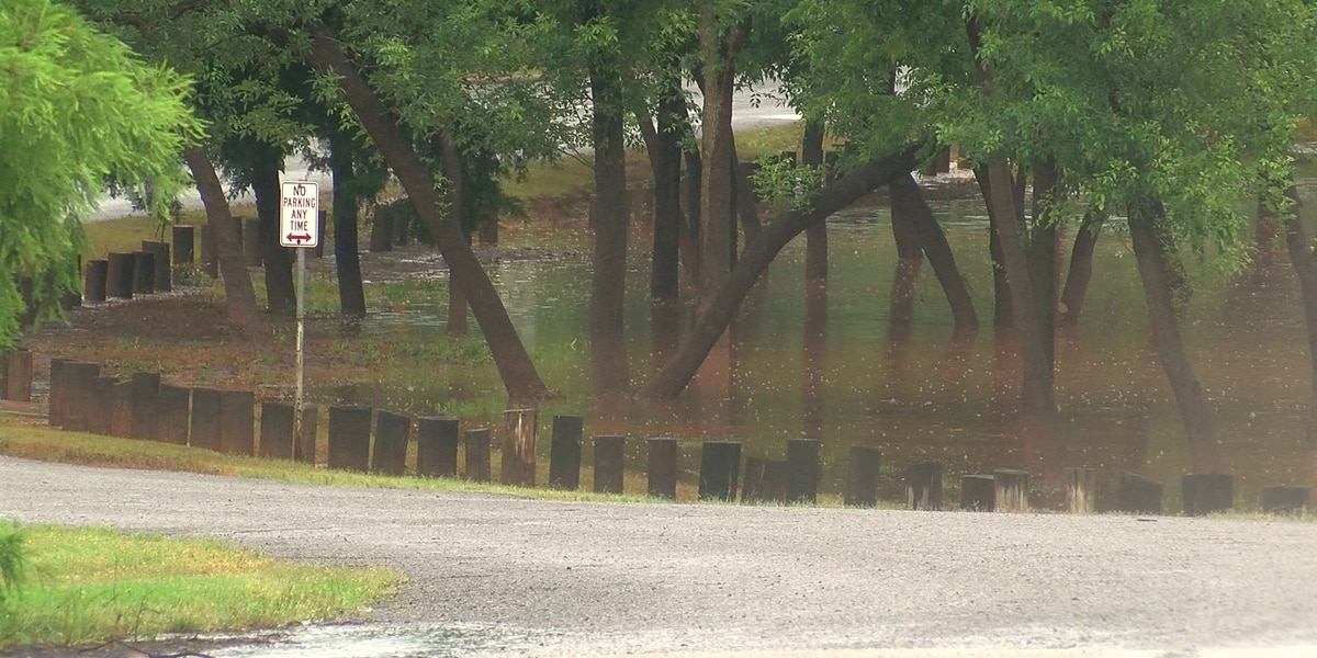 Flooding causes problems for nearby businesses
