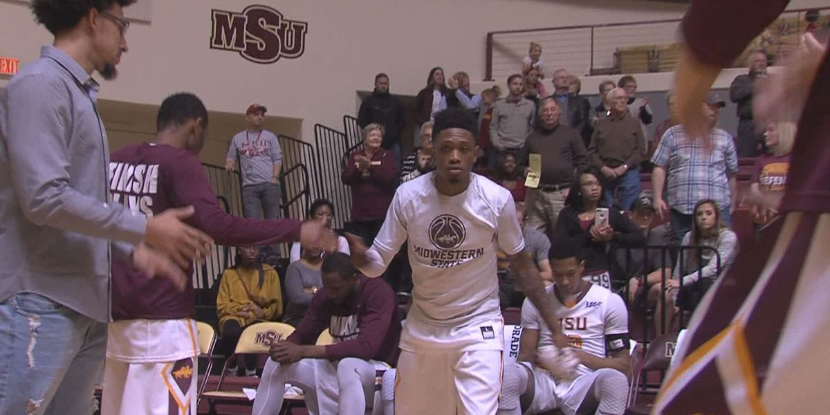 Midwesterns' Devante Pullum cops LSC Offensive Player of the Week honors