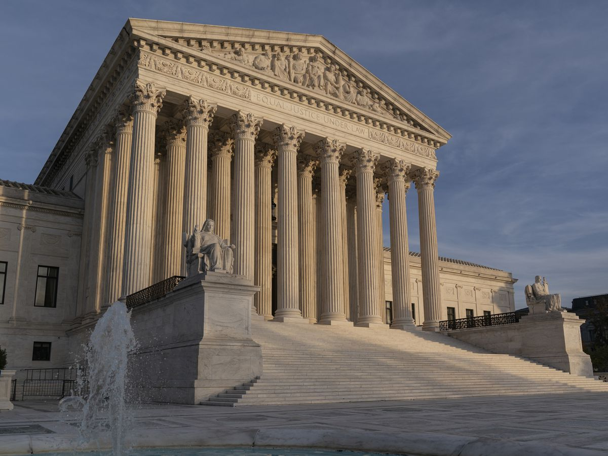 Supreme Court blocks NY coronavirus limits on houses of worship