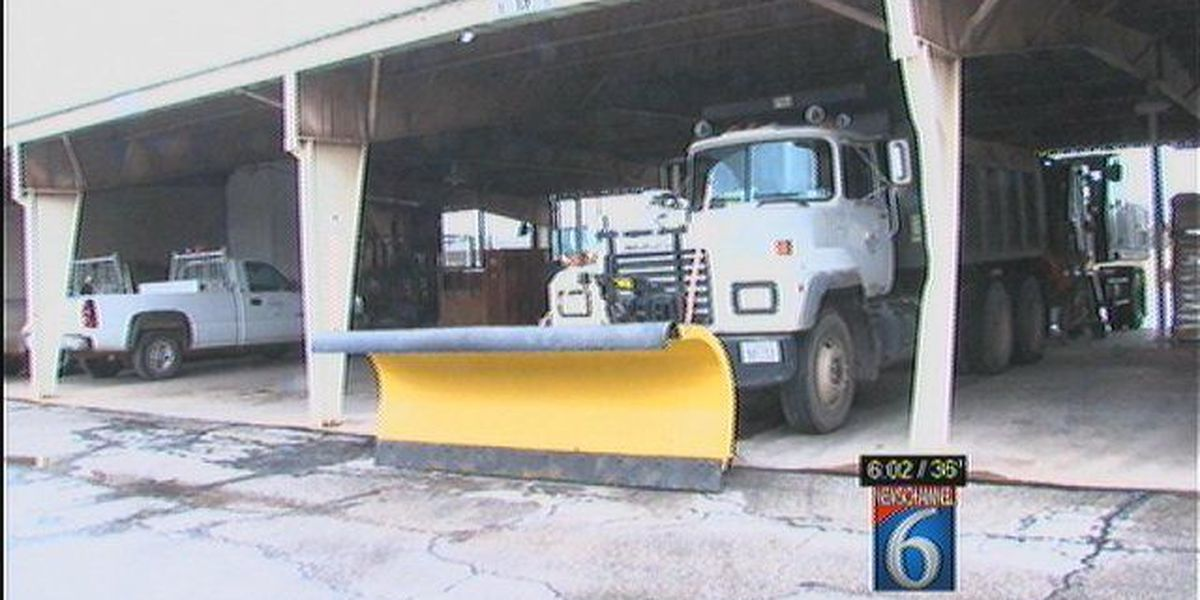 City Of Wichita Falls Prepares For Winter Storm