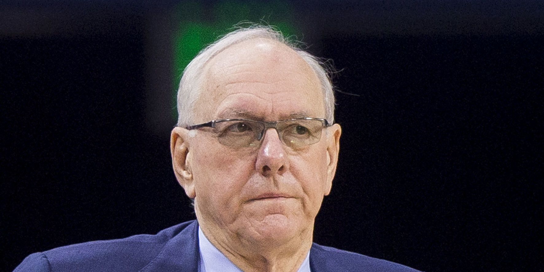 Syracuse hoops coach Boeheim strikes, kills pedestrian on highway