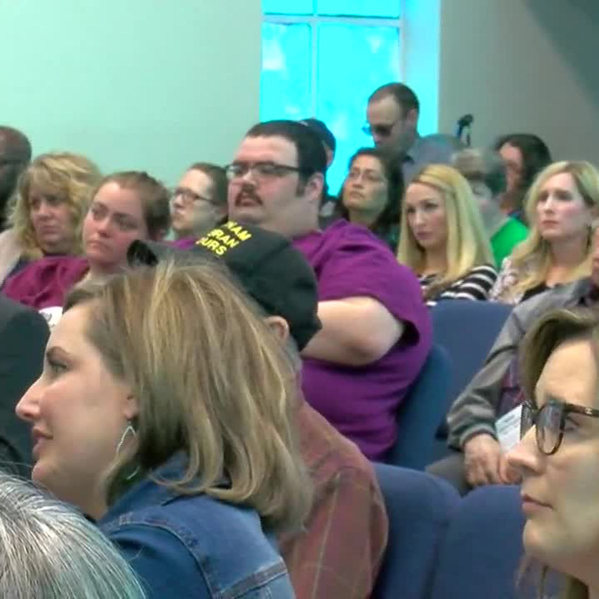 Residents voice concerns at City View ISD town hall