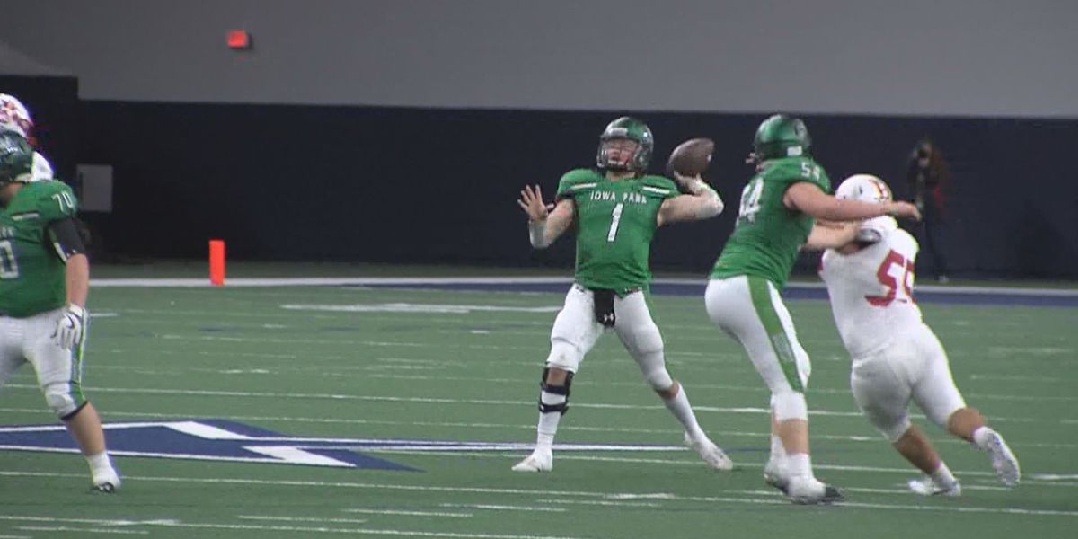 Strong junior class leads returning QB's