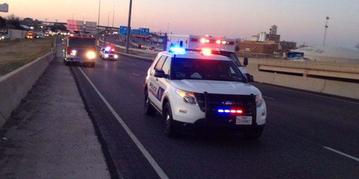 Accident shuts down section of Central Freeway