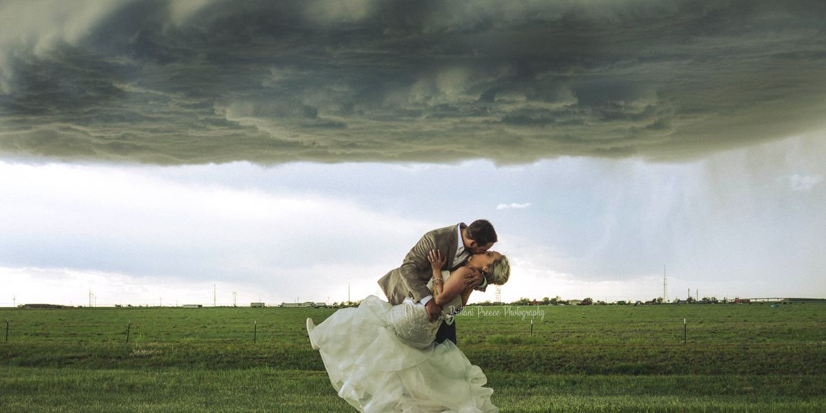West Texas couple take breathtaking wedding photos under beautiful storm clouds