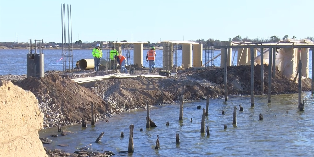 Lake Wichita boardwalk construction to be finished by spring