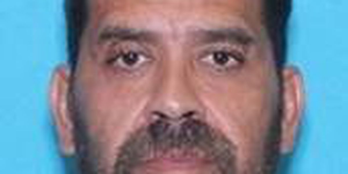 Texas authorities searching for wanted sex offender