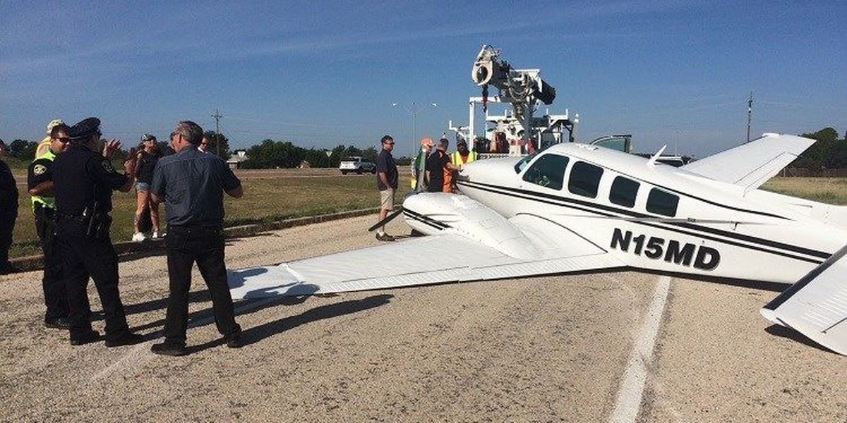 Plane Goes Off Runway in Wichita Falls
