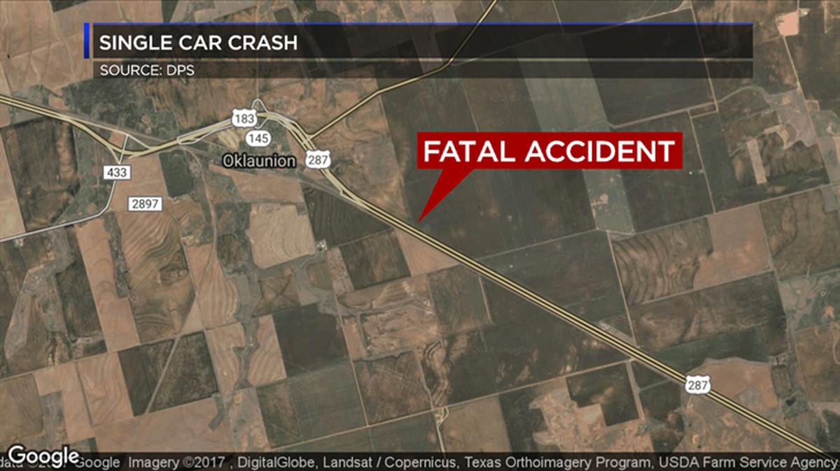 Crash in Wilbarger Co  kills 2