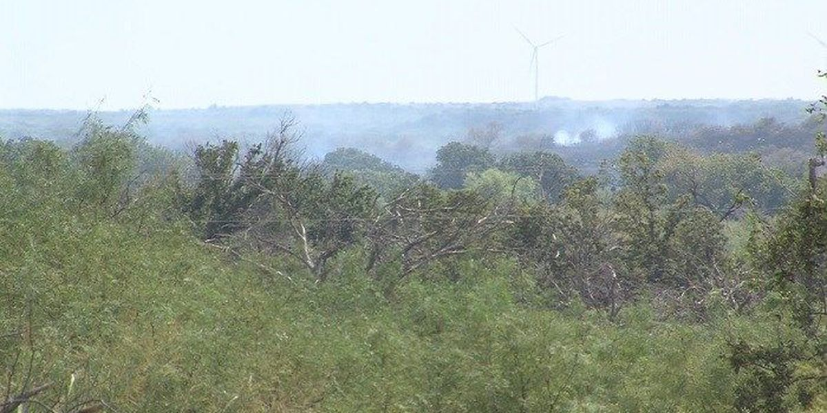 Archer County grass fire burns 60 to 100 acres