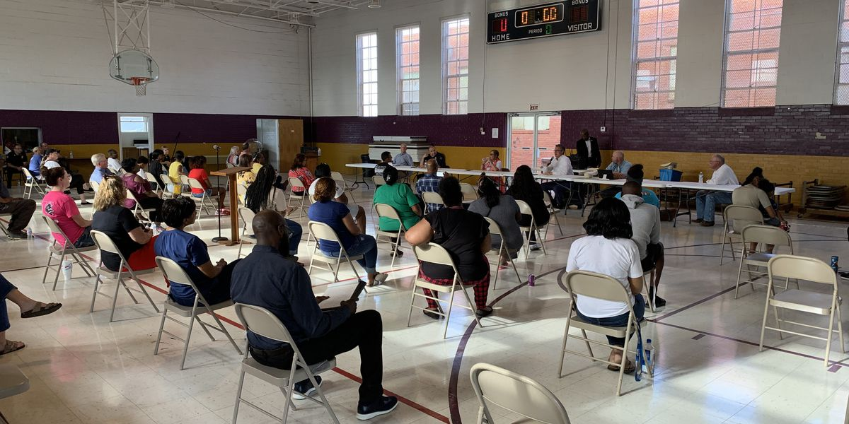 Vernon residents voice concerns to city leaders at community forum