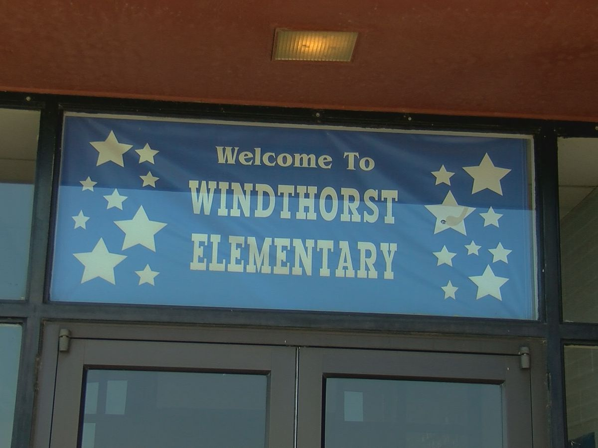 Windthorst Elementary School receives a blue ribbon for academic performance