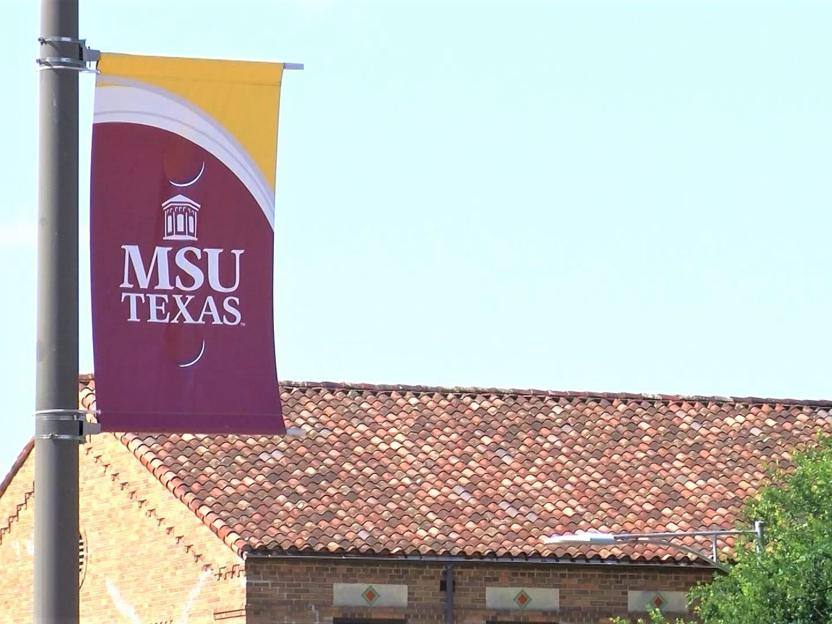 MSU Texas football team, coaches quarantining after player tests positive for COVID-19