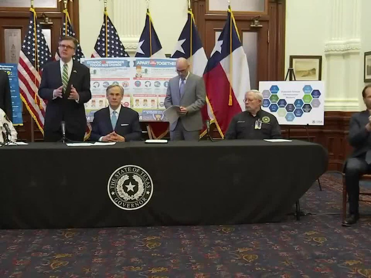 Gov. Abbott issues executive order closing all schools through May 4