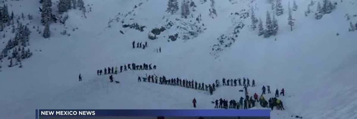 2 people buried after avalanche at Taos ski resort