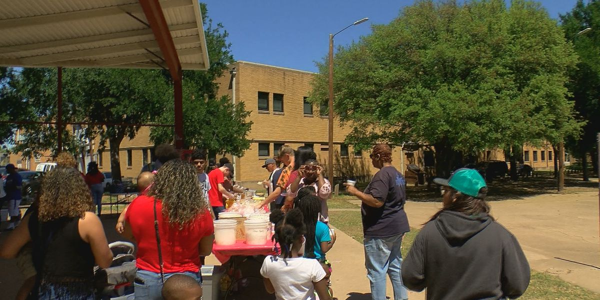 High school students hold BBQ for the community