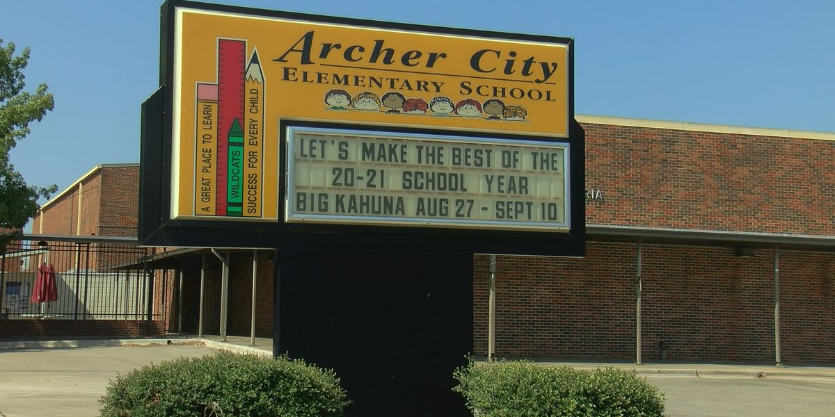 Archer City ISD stands up to bullying during National Anti- Bullying month