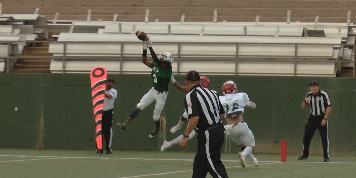 Bryan Ponder and Burk's Jacob Williams lead East to big victory in 82nd Oil Bowl