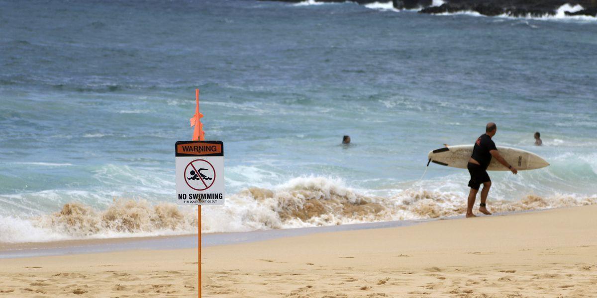 Hurricane Douglas swirls 'uncomfortably close' to Hawaii