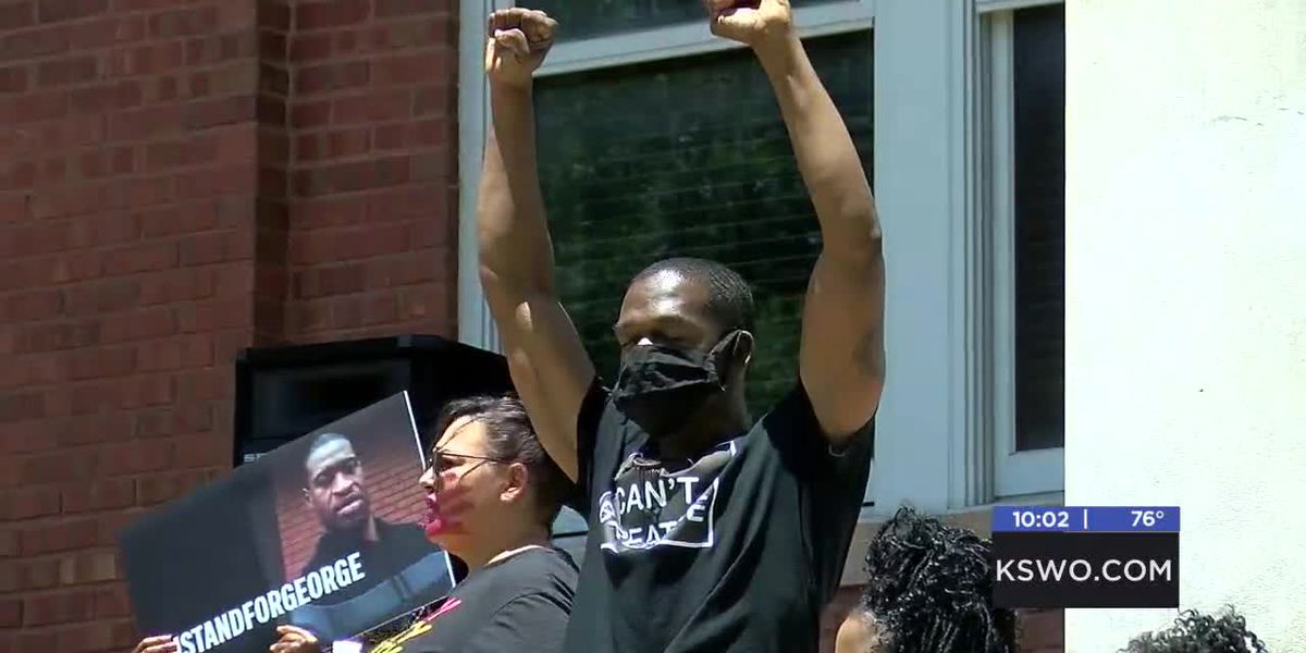 Peaceful protest at Lawton City Hall promotes change