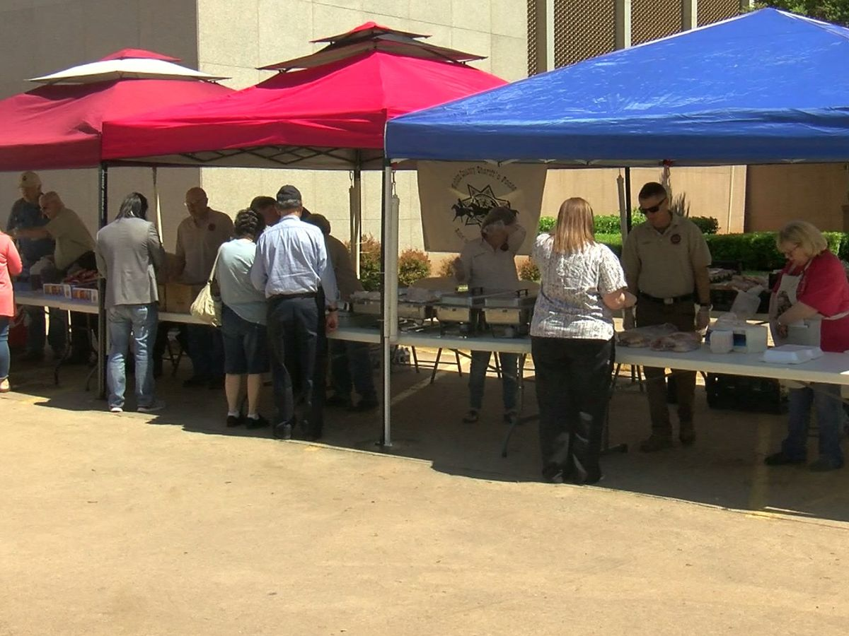 Wichita County Sheriff's Posse hosts benefit lunch