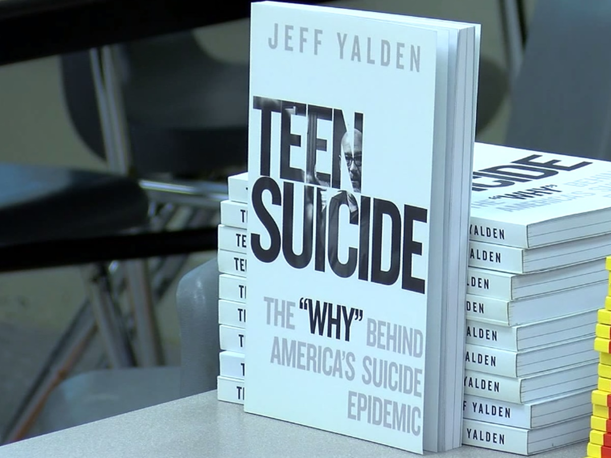 Burkburnett ISD holds Teen Suicide Prevention training for parents