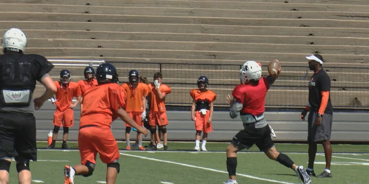 Blitz on 6 Preseason Previews: Burkburnett Bulldogs