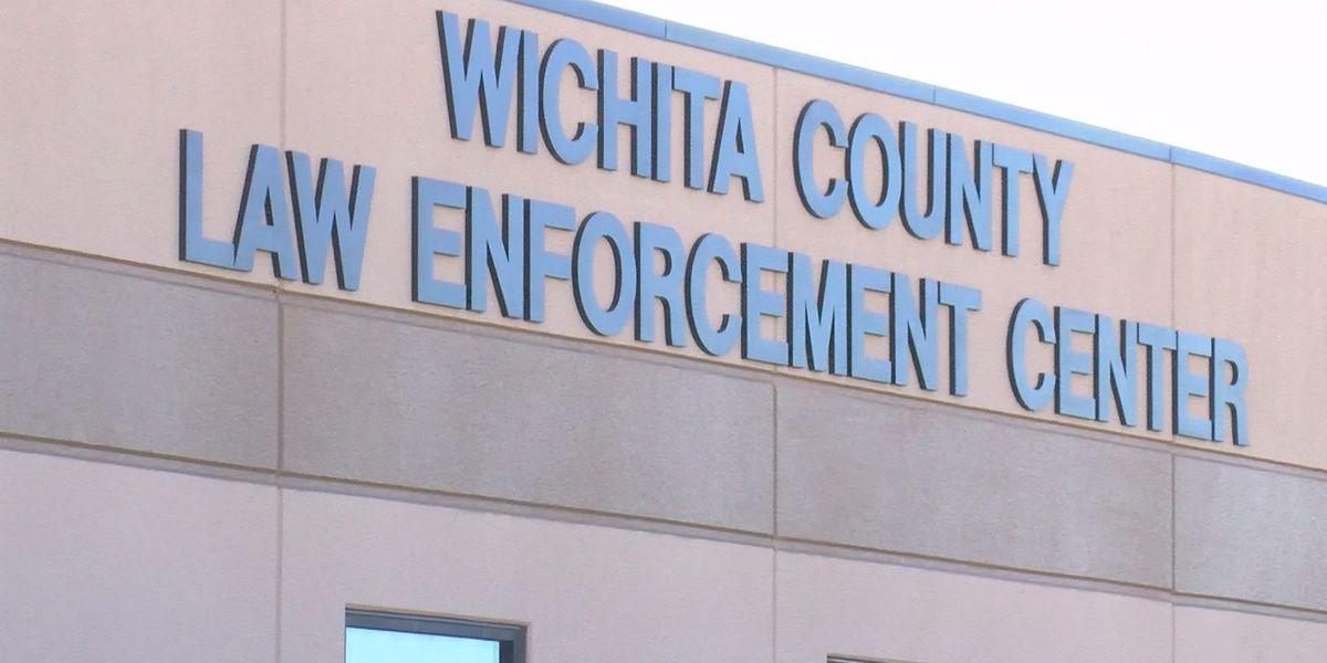 Wichita County officials take their oath of office