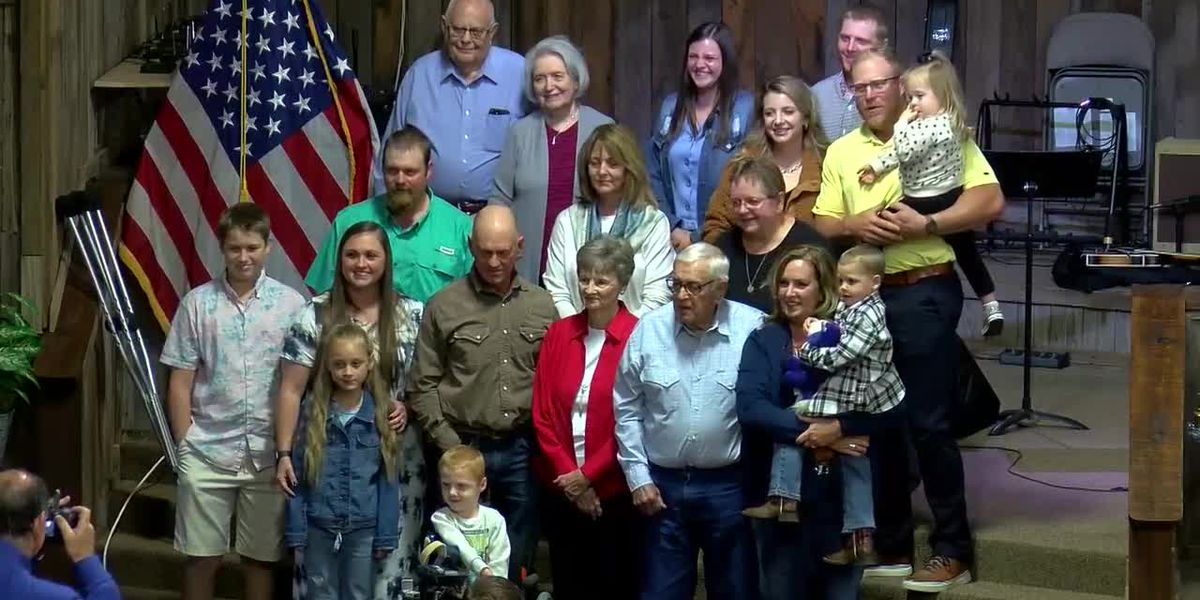 Church members celebrate Pastor Ron's retirement