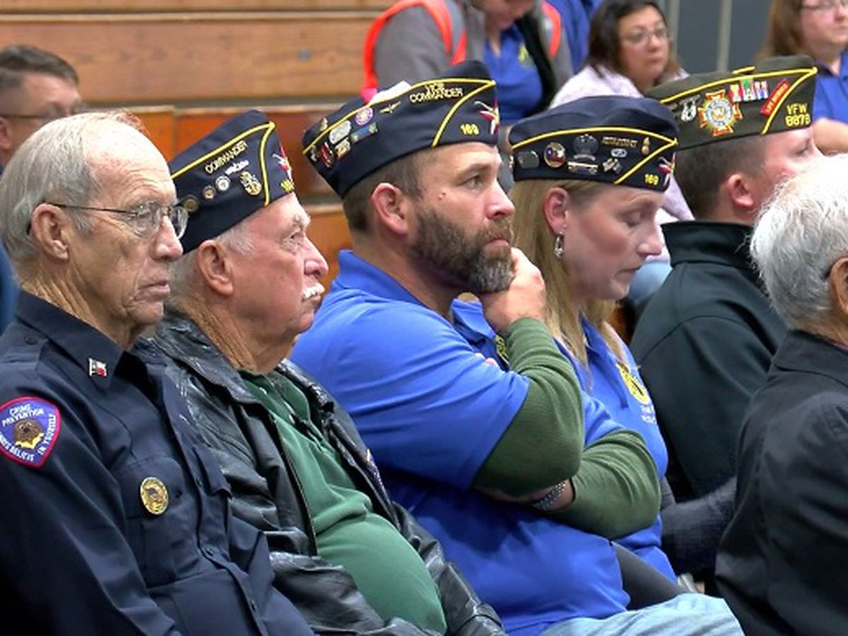 WFISD middle school hosts Veterans Day ceremony