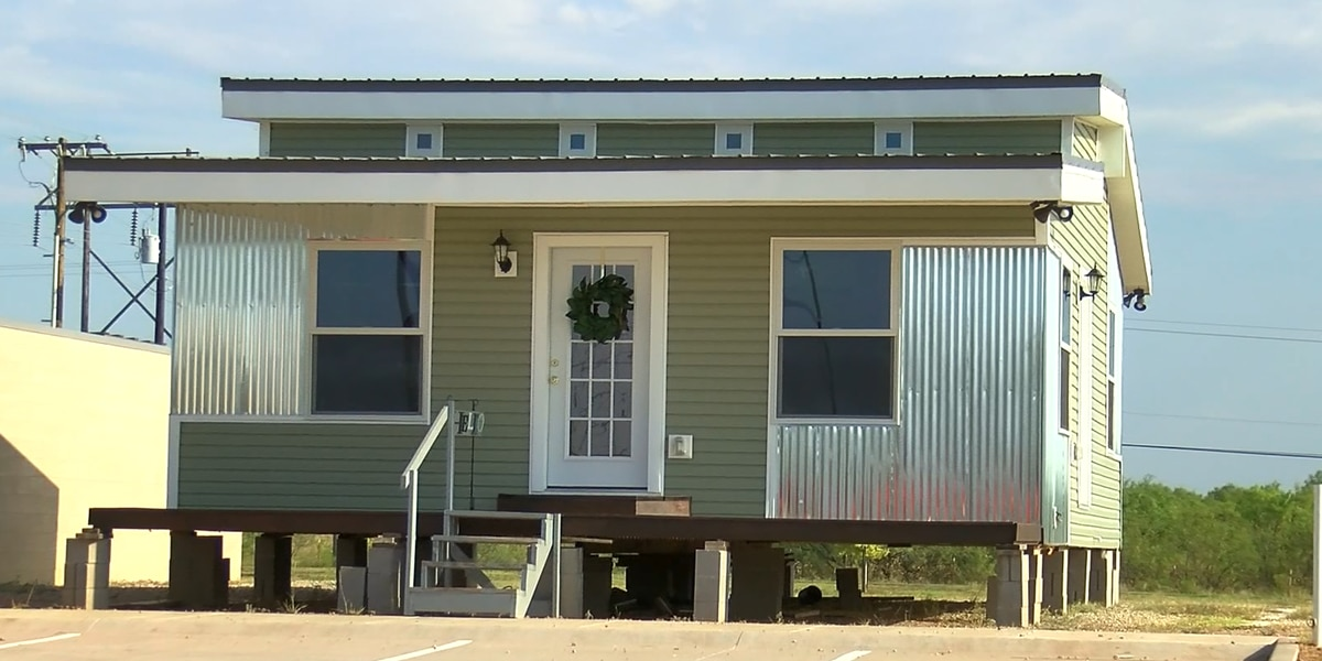 CEC student built home to go to auction tomorrow