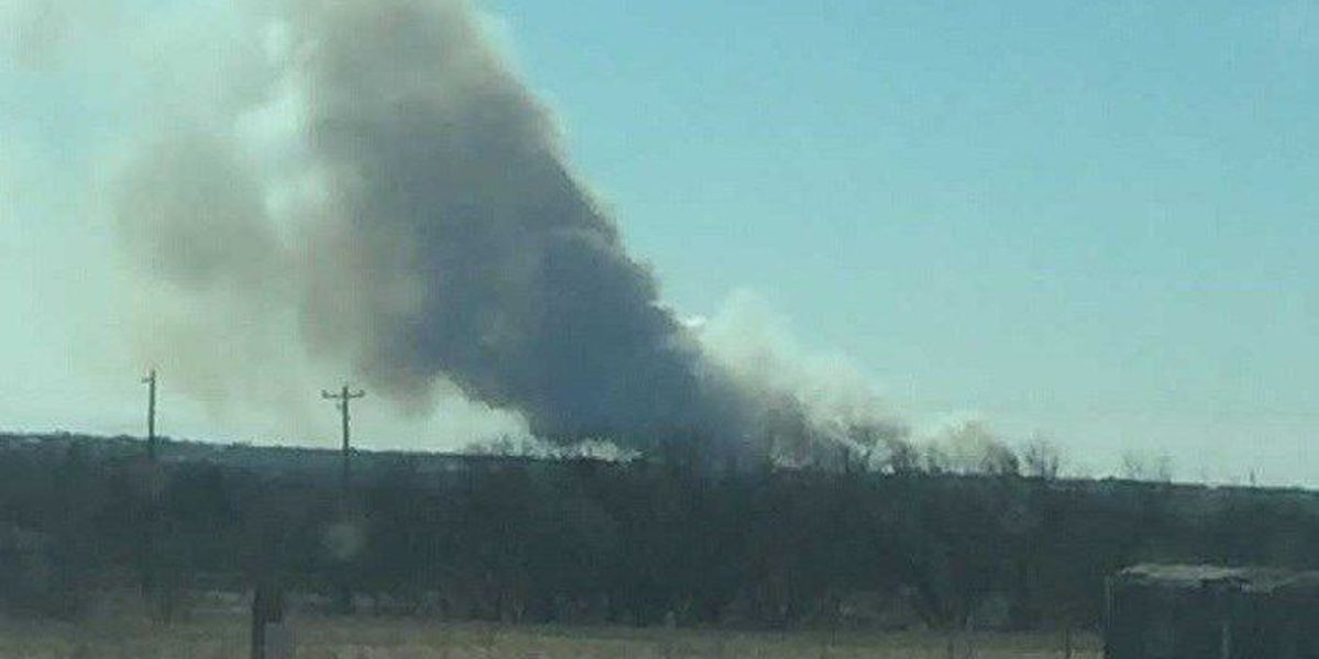 Crews respond to fire in Clay Co.