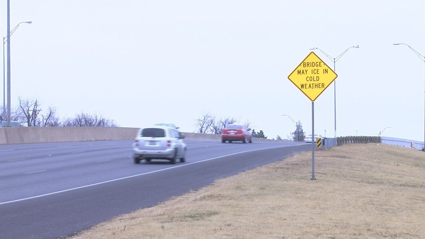 Bridge May Be Icy Is What Sign Said >> Drunk Drivers And Icy Roads Plague New Year S Weekend